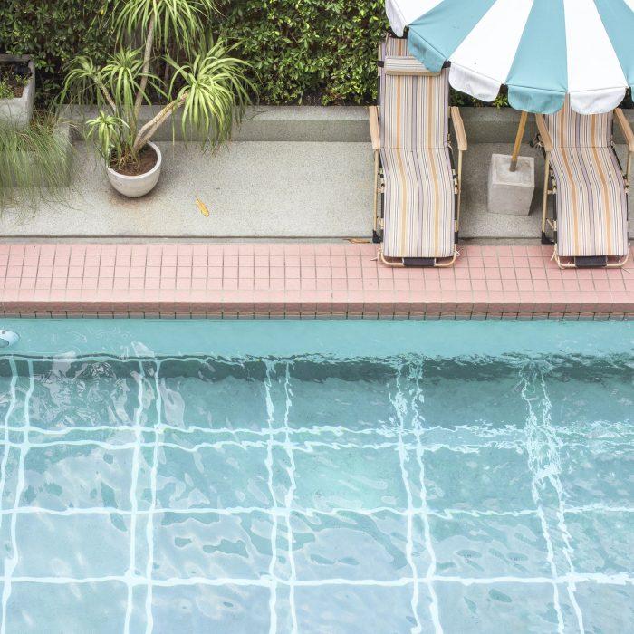 swimming-pool-in-summer-time.jpg